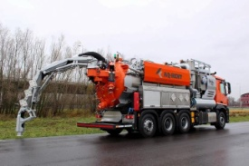 aq rent cyclovac skytipper vacuumwagen 218196 12 12 2018